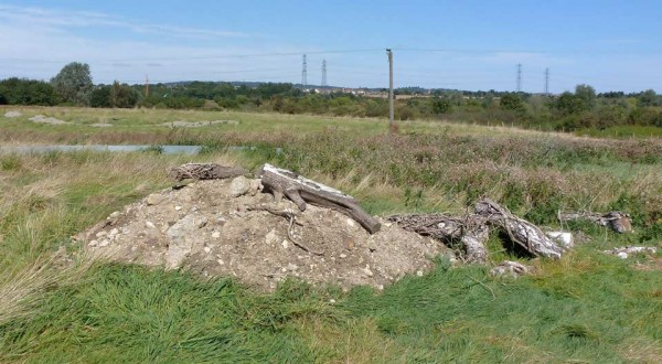Reptile refugia created at the Mucking receptor site
